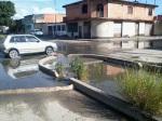 Canal rebosado de agua.